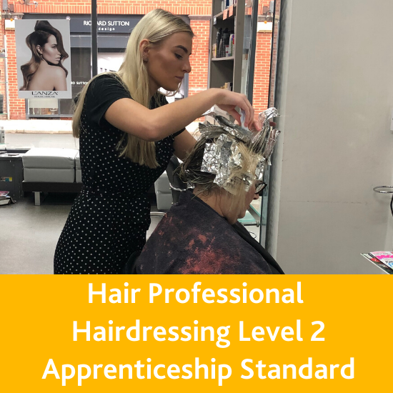 Apprenticeships for Grimsby and Hull in Business Administration, Customer Service, Digital Support, Hairdressing and Management and Leadership. Apply now!